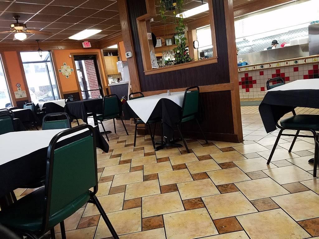 Del Carmen   restaurant   6922 W 111th St, Worth, IL 60482, USA   7088275551 OR +1 708-827-5551