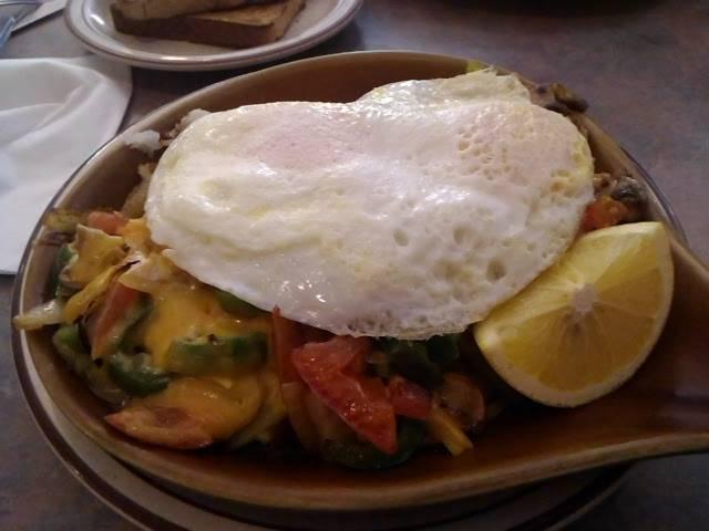 Golden Olympic Restaurant | restaurant | 1608 Chicago Ave, Evanston, IL 60201, USA | 8473281617 OR +1 847-328-1617