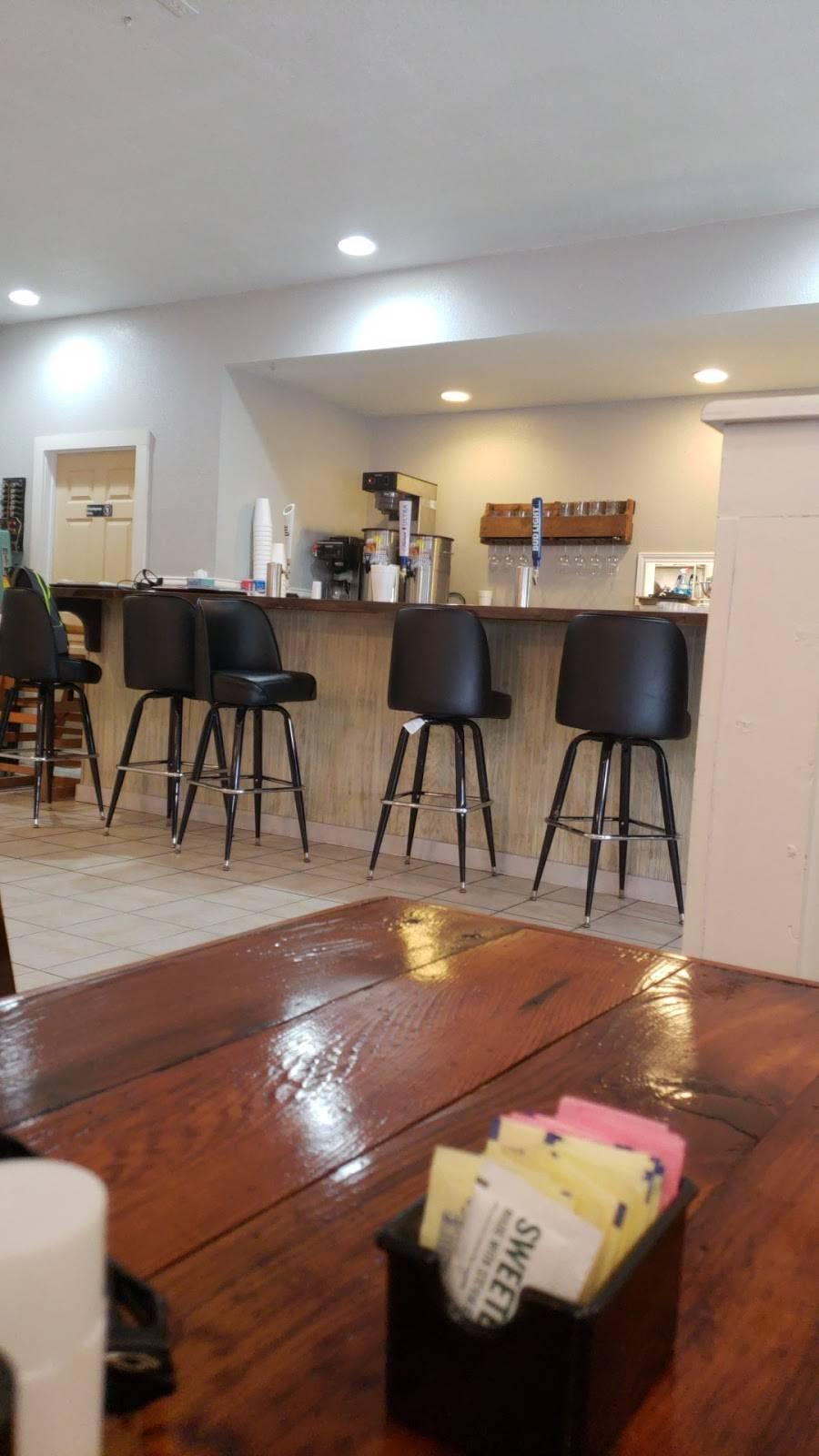 Main Street Bar and Grill   restaurant   520 W Main St, Ranger, TX 76470, USA   2546472005 OR +1 254-647-2005