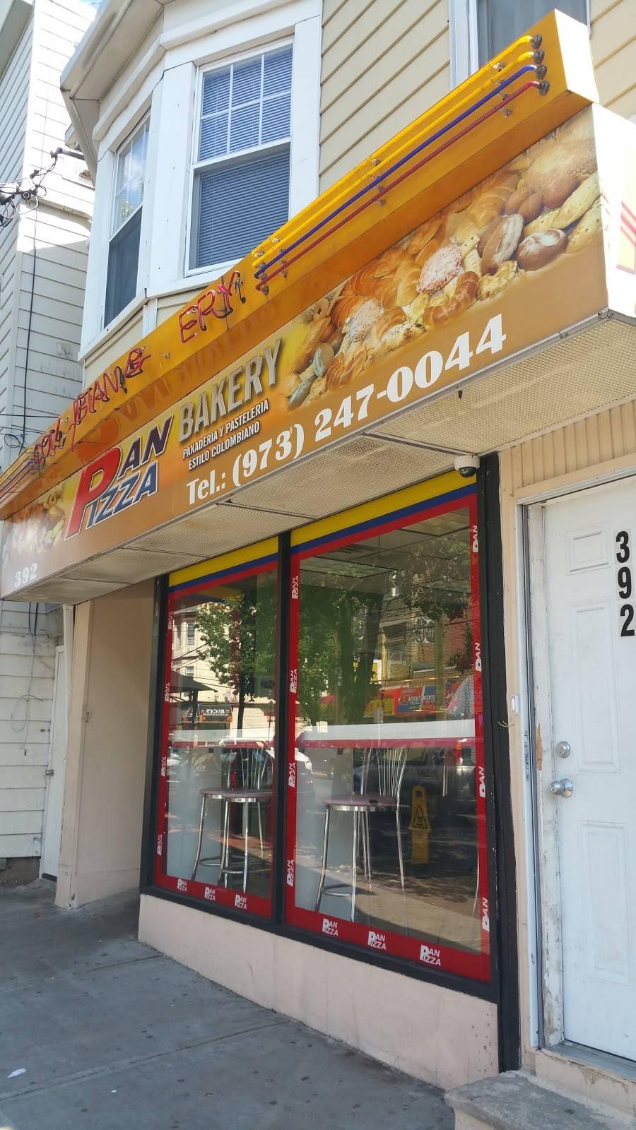 Pan Pizza Bakery   restaurant   392 21st Ave, Paterson, NJ 07513, USA