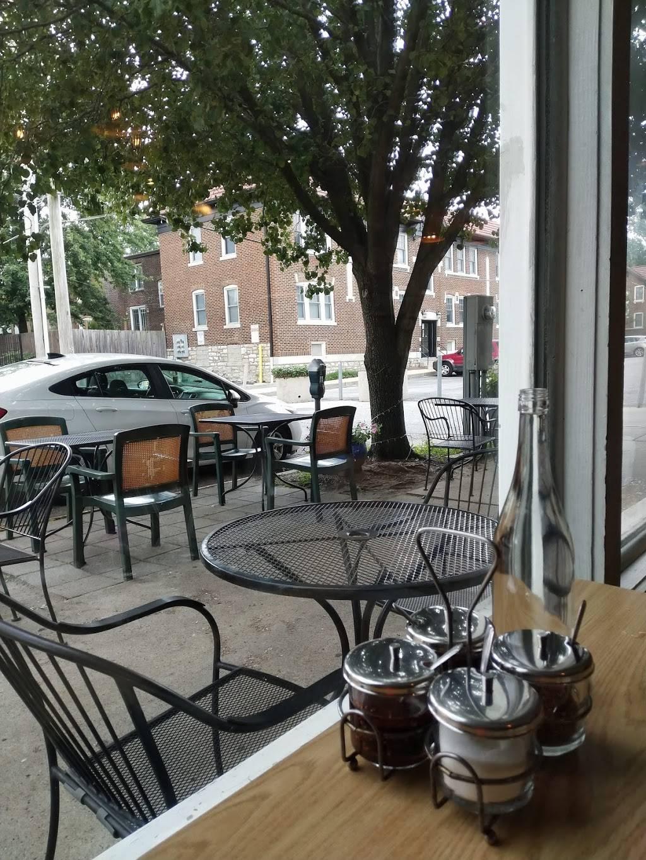 Fork & Stix | restaurant | 549 Rosedale Ave, St. Louis, MO 63112, USA | 3148635572 OR +1 314-863-5572