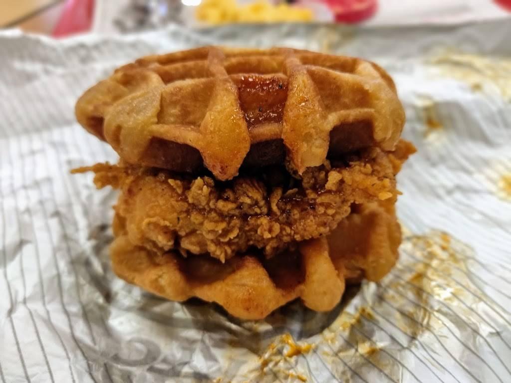KFC | restaurant | 810 E Roosevelt Rd, Lombard, IL 60148, USA | 6306201320 OR +1 630-620-1320