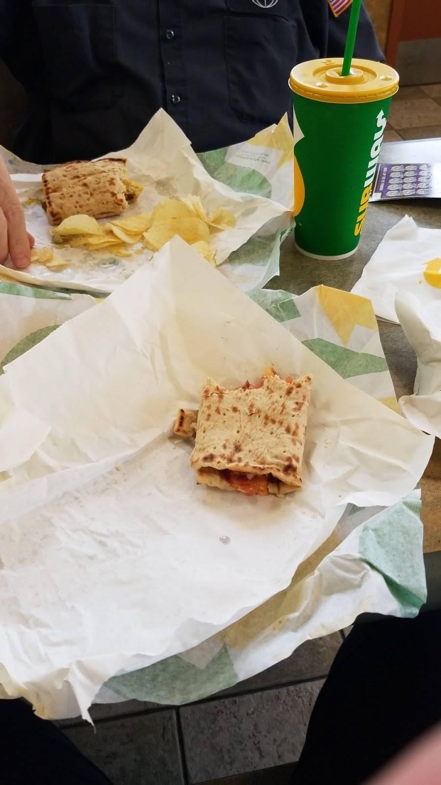 Subway | meal takeaway | 1907 W Old Spanish Trail, New Iberia, LA 70560, USA | 3375601323 OR +1 337-560-1323