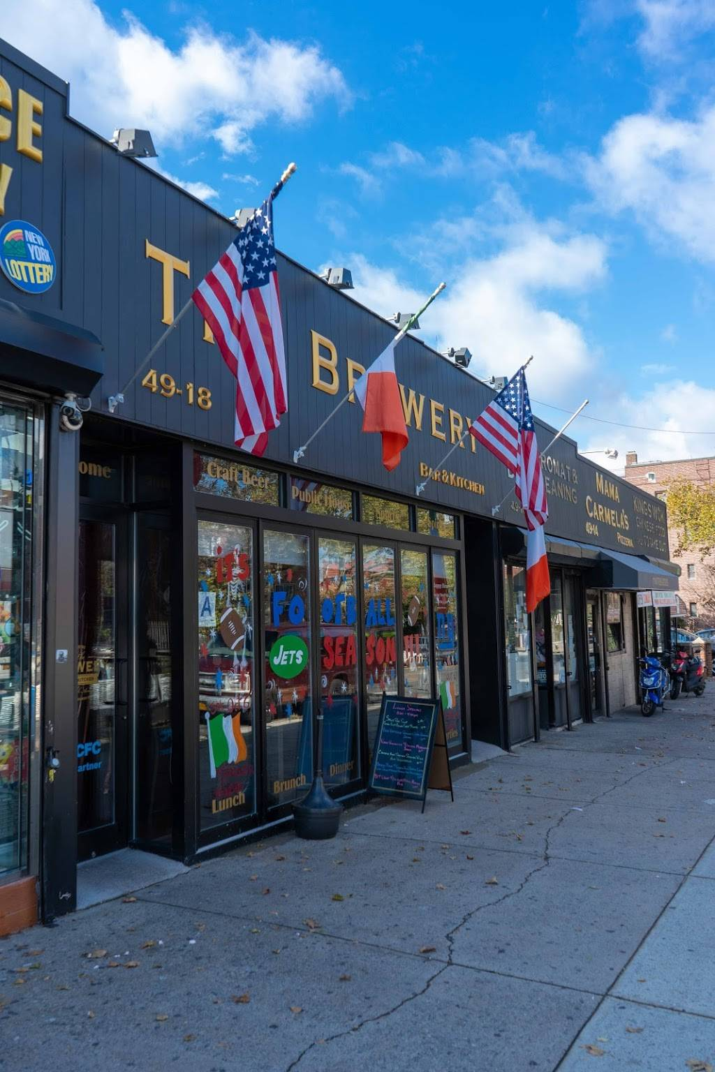The Brewery Bar & Kitchen   restaurant   49-18 30th Ave, Woodside, NY 11377, USA   7187778007 OR +1 718-777-8007