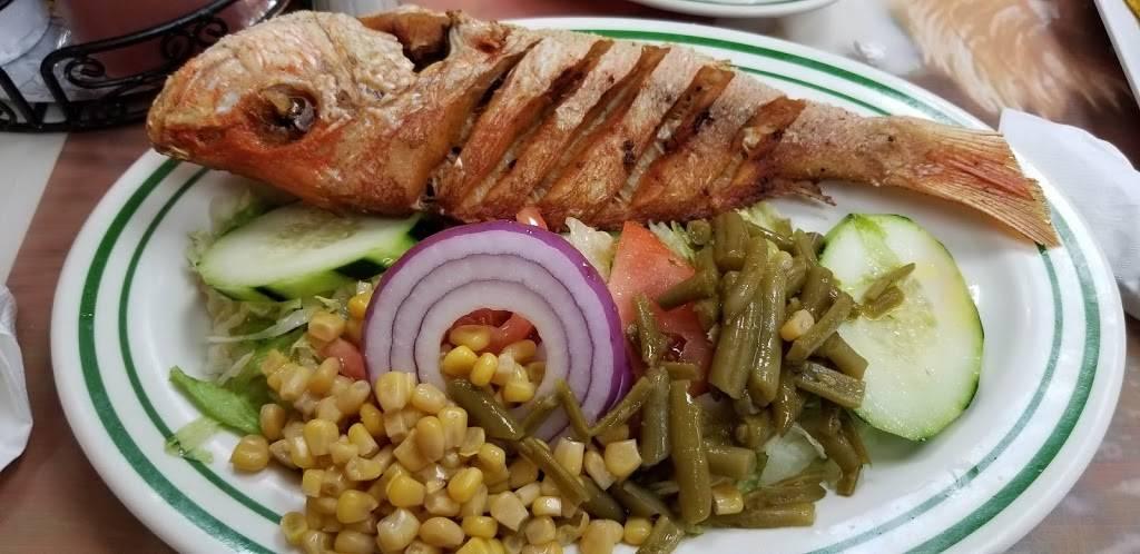 El Nuevo Bohío   restaurant   791 E Tremont Ave, Bronx, NY 10460, USA   7182994218 OR +1 718-299-4218