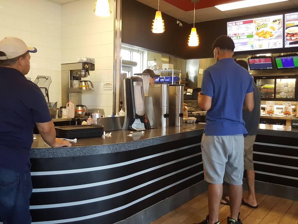 Burger King | restaurant | 7605 Tonnelle Ave, North Bergen, NJ 07047, USA | 7322488200 OR +1 732-248-8200