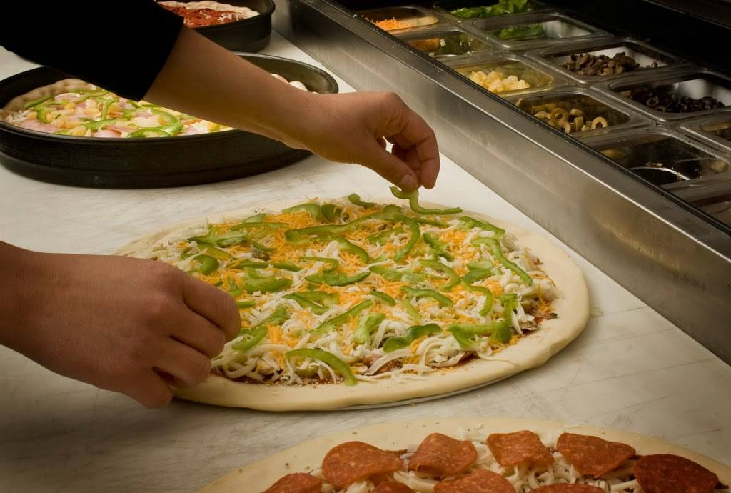 Chanticlear Pizza | meal delivery | 914 125th Ln NE, Blaine, MN 55434, USA | 7637540800 OR +1 763-754-0800