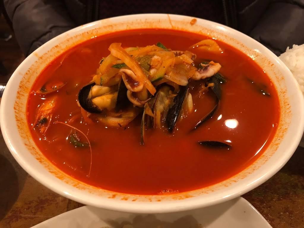 Chinese House | restaurant | 14908 41st Ave, Flushing, NY 11355, USA | 7183580468 OR +1 718-358-0468