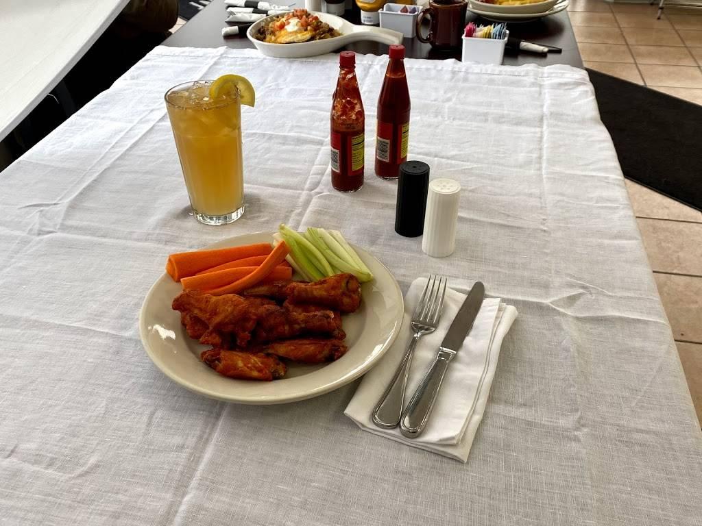 The Quarry Restaurant | restaurant | 123 Williams St, Thornton, IL 60476, USA | 7088776441 OR +1 708-877-6441