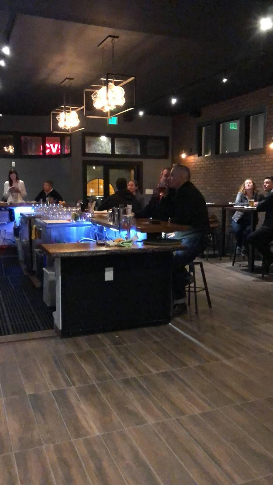 Links Bar & Grill | restaurant | 3129 Clement St, San Francisco, CA 94121, USA