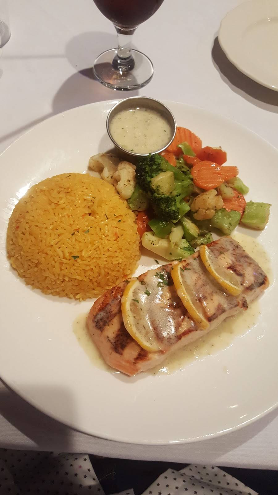 Lido | restaurant | 2600 Tonnelle Ave, North Bergen, NJ 07047, USA | 2013308000 OR +1 201-330-8000