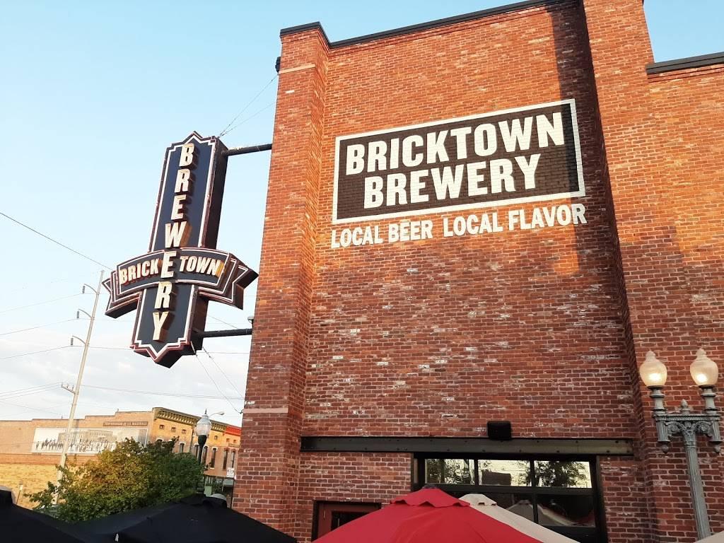 Bricktown Brewery   restaurant   318 Garrison Ave, Fort Smith, AR 72901, USA   4794342739 OR +1 479-434-2739