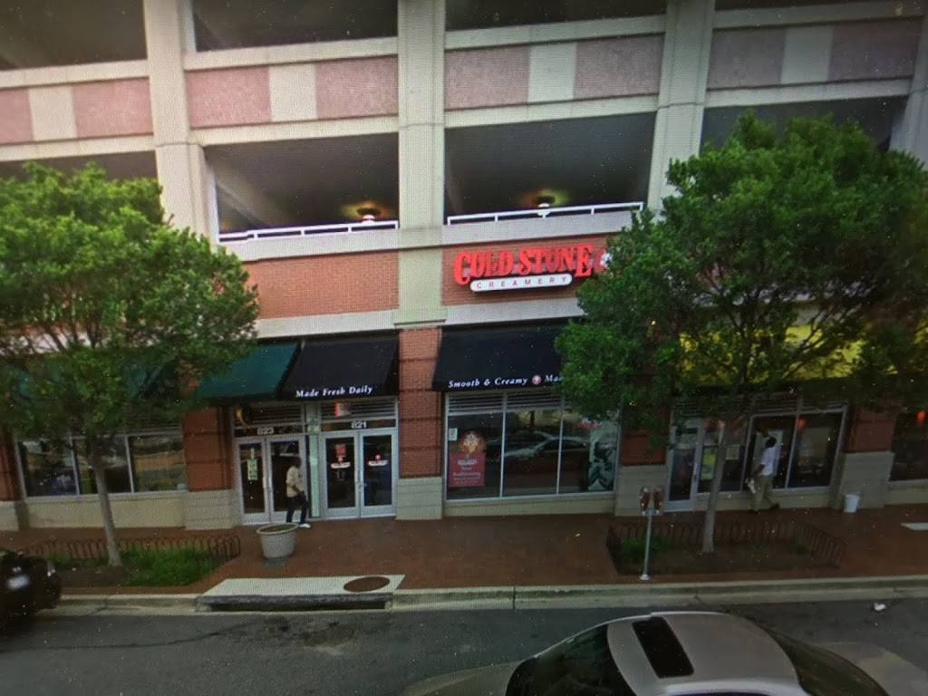 Cold Stone Creamery | bakery | 821 Ellsworth Dr, Silver Spring, MD 20910, USA | 3015881230 OR +1 301-588-1230