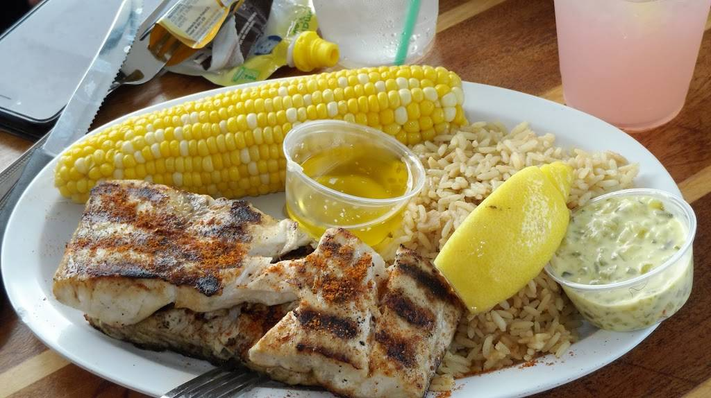 Braccos | restaurant | 319 Woodcleft Ave, Freeport, NY 11520, USA | 5163786589 OR +1 516-378-6589