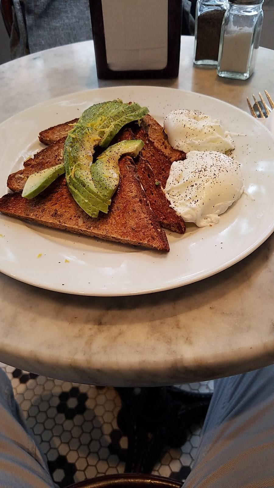 Hudson Cafe | restaurant | 628 Hudson St, New York, NY 10014, USA | 2123901744 OR +1 212-390-1744