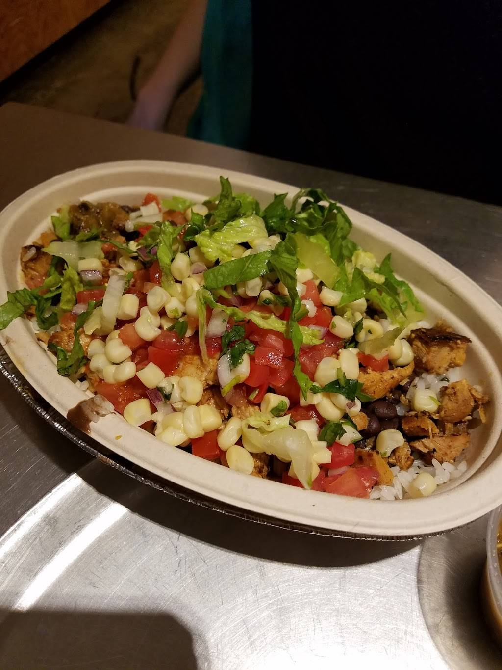 Chipotle Mexican Grill | restaurant | 394 Myrtle Ave, Brooklyn, NY 11205, USA | 7188553517 OR +1 718-855-3517
