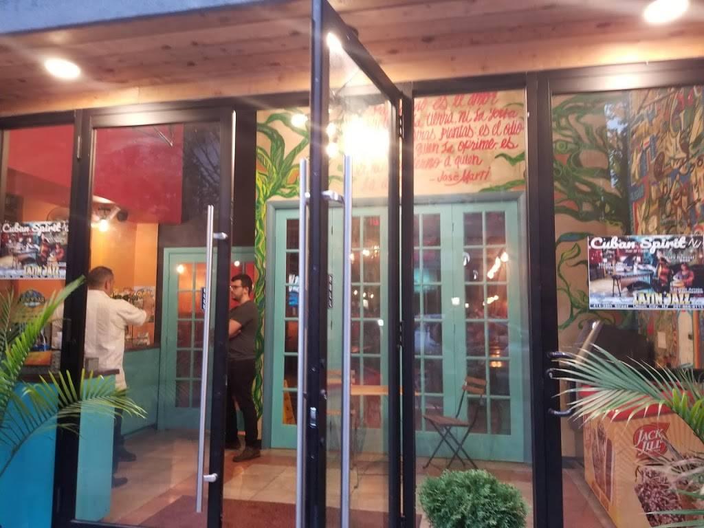 Union City Social Eatery & Lounge | restaurant | 414 38th St, Union City, NJ 07087, USA | 2018668115 OR +1 201-866-8115