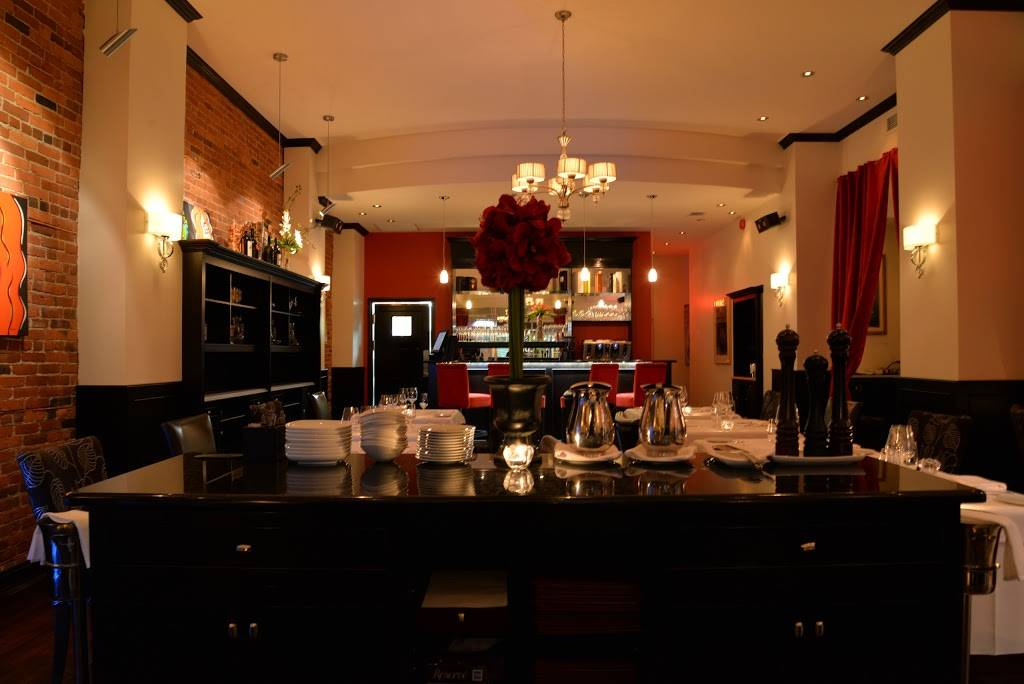 Sballo   restaurant   34 Rue Wellington N, Sherbrooke, QC J1H 5B7, Canada   8197913559 OR +1 819-791-3559