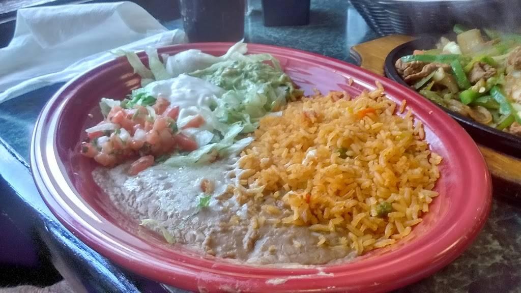 El Burrito Loco | restaurant | 3085 Cedar Valley Dr, Richlands, VA 24641, USA | 2769711814 OR +1 276-971-1814