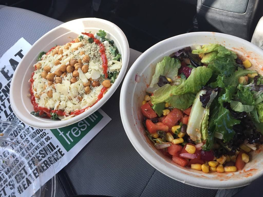 Freshii | restaurant | 330 Dundas St E, Oakville, ON L6H 6Z9, Canada | 2895290079 OR +1 289-529-0079