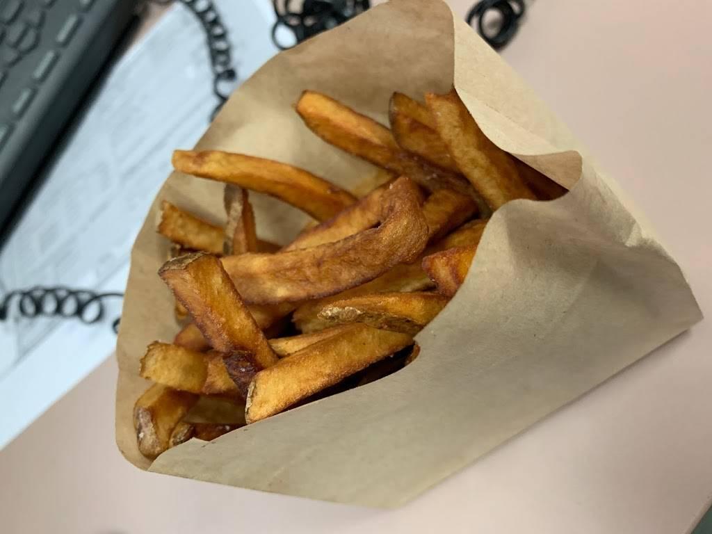 East Coast Burger | restaurant | 53-21 Metropolitan Ave, Flushing, NY 11385, USA | 7184518020 OR +1 718-451-8020