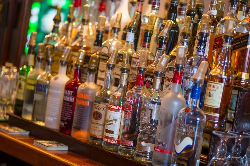 The Shillelagh Tavern | restaurant | 47-22 30th Ave, Long Island City, NY 11103, USA | 7187289028 OR +1 718-728-9028