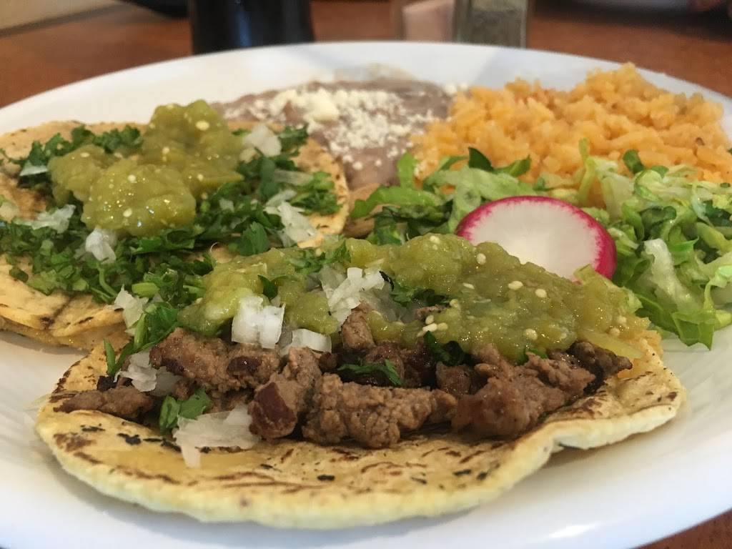 Tierra Caliente Mexican Food | restaurant | 5235 N Clydebank Ave, Azusa, CA 91702, USA | 6268047773 OR +1 626-804-7773