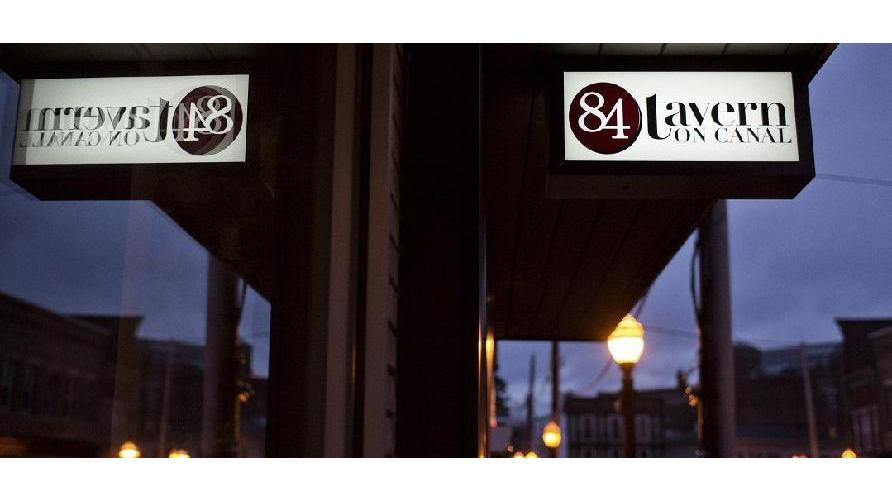84 Tavern on Canal | restaurant | 15 Canal St, Westerly, RI 02891, USA | 4015967871 OR +1 401-596-7871