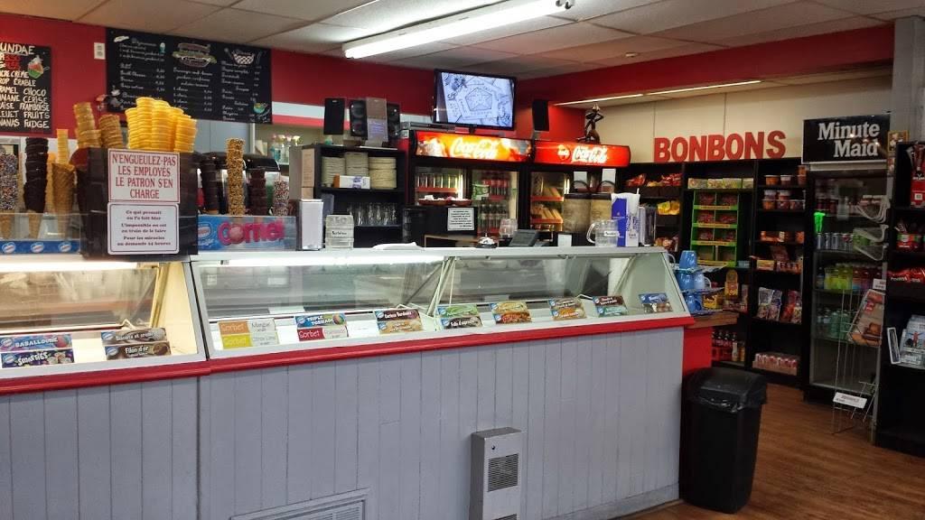 Crèmerie Les Folies Glacées | meal takeaway | 289, rue Principale, Saint-Sauveur, QC J0R 1R0, Canada | 4502277104 OR +1 450-227-7104