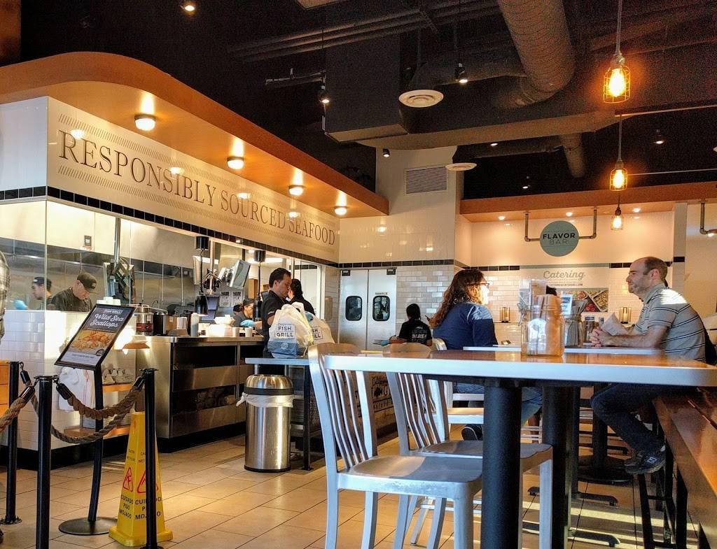 California Fish Grill Restaurant 6150 Slauson Ave Culver City Ca 90230 Usa