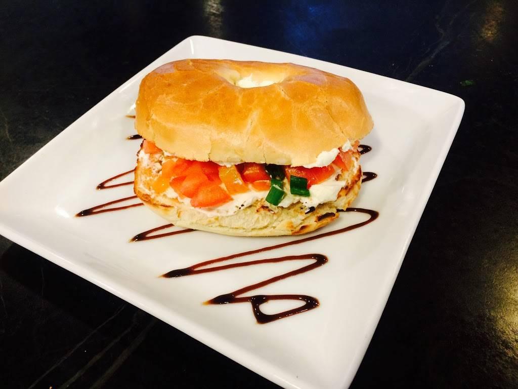 The Bistro | restaurant | 151 S Putnam St, Williamston, MI 48895, USA | 5176551100 OR +1 517-655-1100