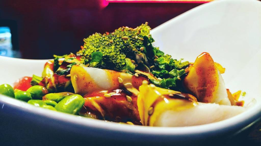 Blowfish Sushi & Ramen   restaurant   1131 W Bryn Mawr Ave, Chicago, IL 60660, USA   7736543369 OR +1 773-654-3369