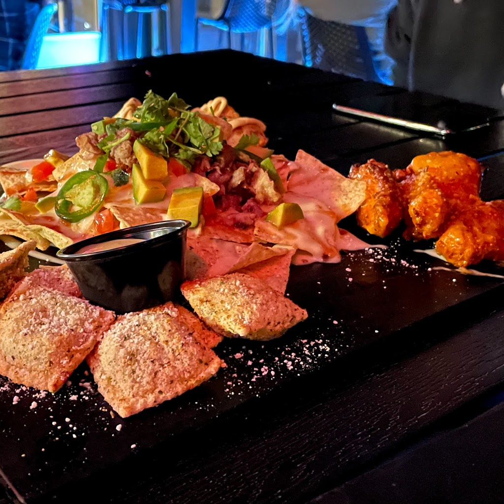 UPBAR   restaurant   3763 Forest Park Ave, St. Louis, MO 63108, USA   3146390062 OR +1 314-639-0062