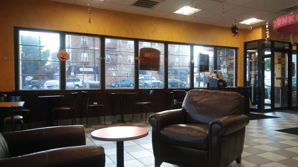 Dunkin Donuts   cafe   435 Boulevard, Hasbrouck Heights, NJ 07604, USA   2012034498 OR +1 201-203-4498