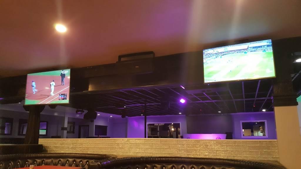 Avenue Restaurant & Music Lounge   restaurant   1750 W Lincoln Ave, Anaheim, CA 92801, USA   7148335707 OR +1 714-833-5707