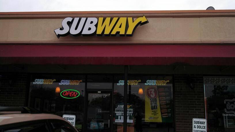Subway Restaurants   restaurant   4204 D Arlington Heights Rd, Arlington Heights, IL 60004, USA   8478709604 OR +1 847-870-9604
