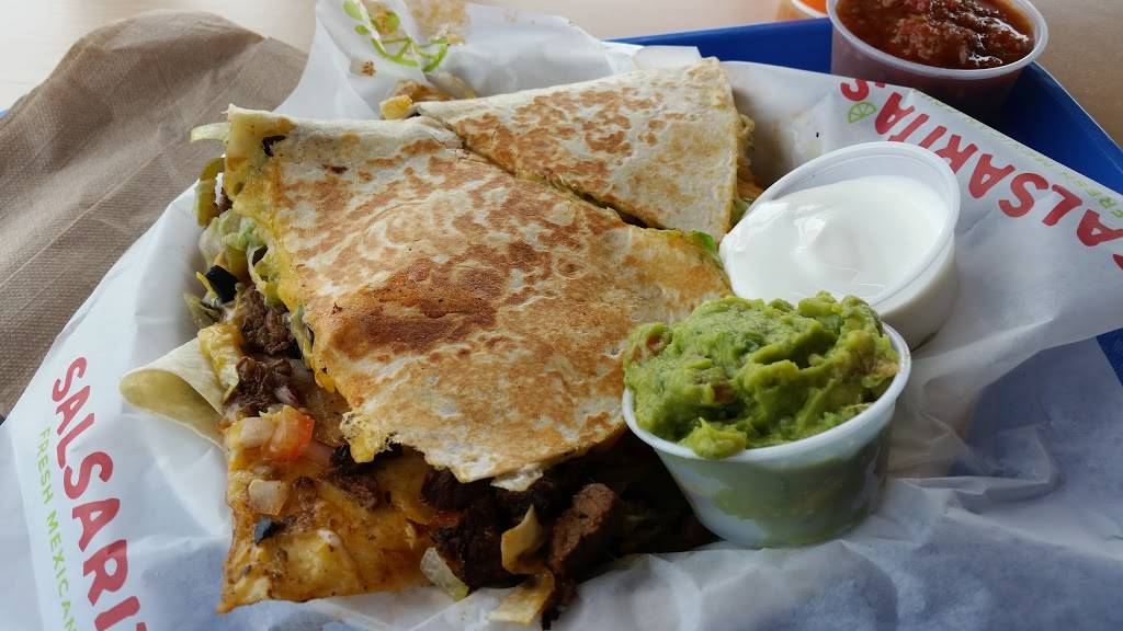 Salsaritas Fresh Mexican Grill | restaurant | 140 Hatfield Dr, Morristown, TN 37814, USA | 4238392394 OR +1 423-839-2394