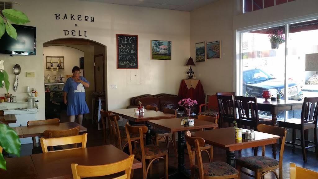 Diannas Bakery & Cafe - Deli | cafe | 639 1st St, Benicia, CA 94510, USA | 7072976186 OR +1 707-297-6186