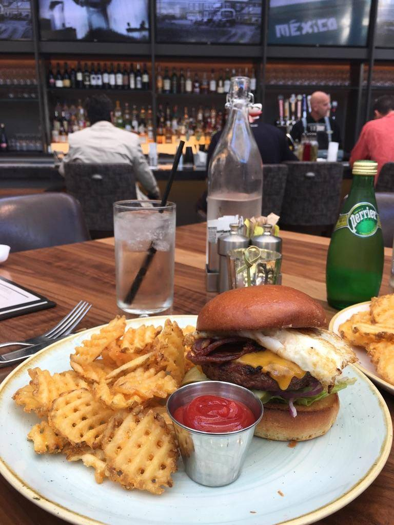 3SIXTY Bar Bistro Market | restaurant | 1333 Old Bayshore Hwy, Burlingame, CA 94010, USA | 6503471234 OR +1 650-347-1234