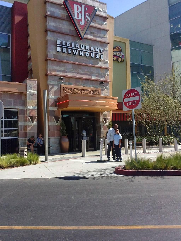 BJs Restaurant & Brewhouse | restaurant | 6000 Sepulveda Blvd Ste 1111, Culver City, CA 90230, USA | 3105745170 OR +1 310-574-5170