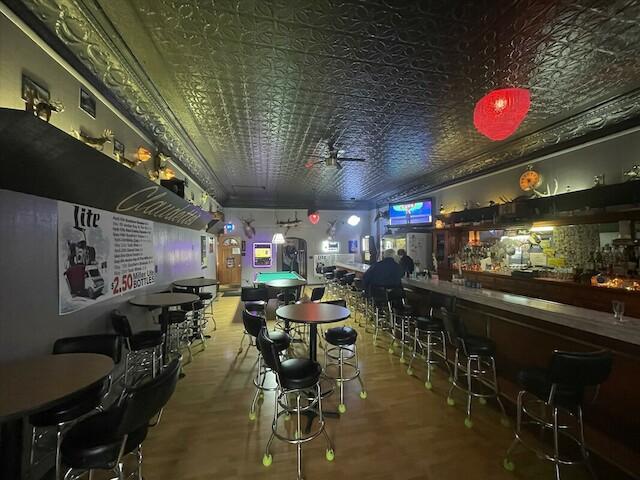 Claudettes | restaurant | 253 E Walnut St, Oglesby, IL 61348, USA | 8158837075 OR +1 815-883-7075