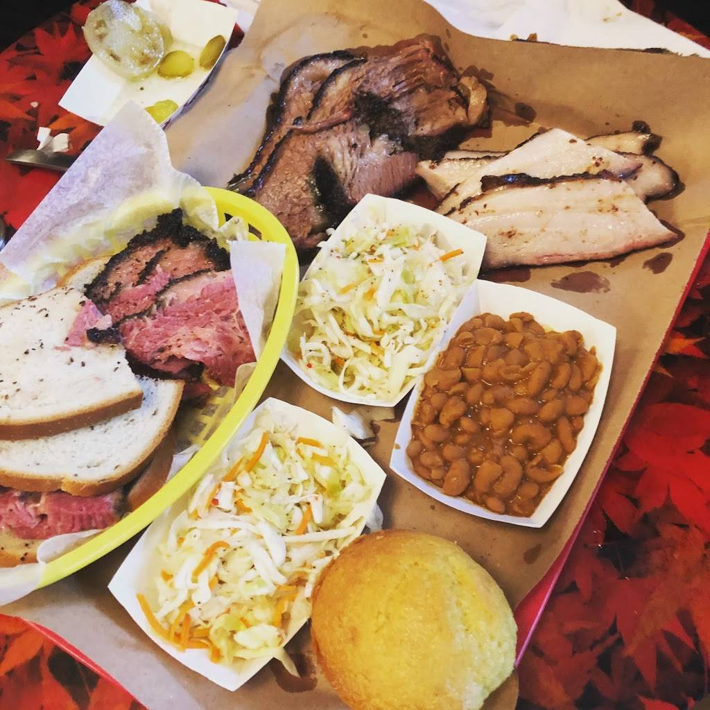 Randall's Barbecue | restaurant | 359 Grand St, New York, NY 10002, USA | 6466929980 OR +1 646-692-9980