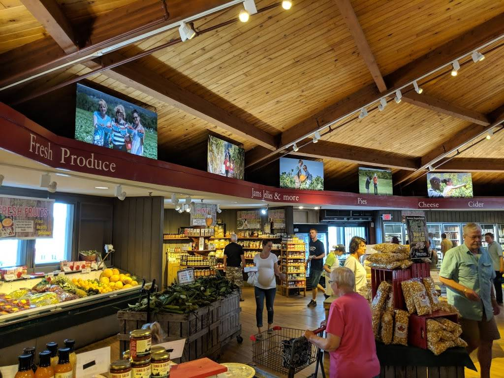Lyman Orchards Farm Store at the Apple Barrel | bakery | 32 Reeds Gap Rd, Middlefield, CT 06455, USA | 8603491793 OR +1 860-349-1793
