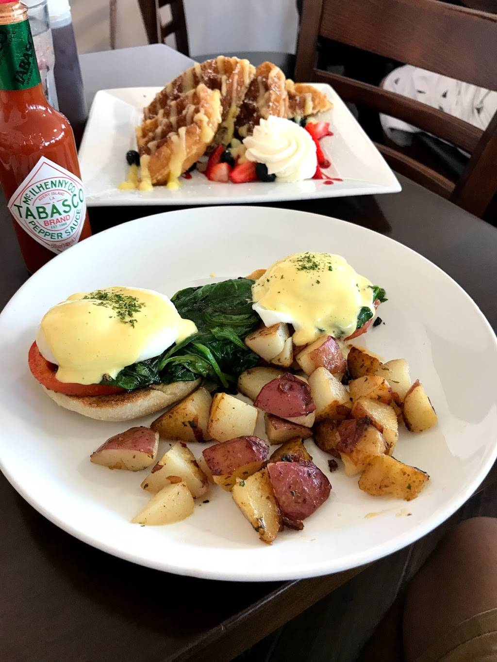 Cafe Casse Croute | cafe | 656 S Brookhurst St, Anaheim, CA 92804, USA | 7147748013 OR +1 714-774-8013