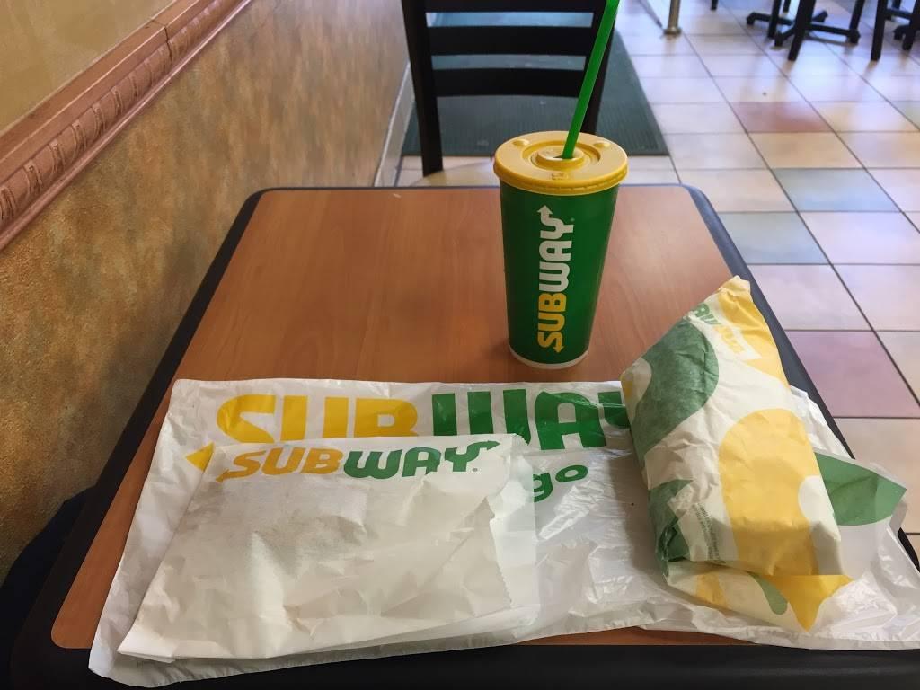 Subway Restaurants | restaurant | 2085 Lexington Ave, New York, NY 10035, USA | 2127228900 OR +1 212-722-8900