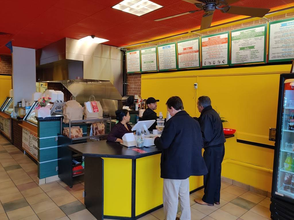 Salsas 4 Taqueria | restaurant | 2434 Berlin Turnpike #3, Newington, CT 06111, USA | 8609999065 OR +1 860-999-9065