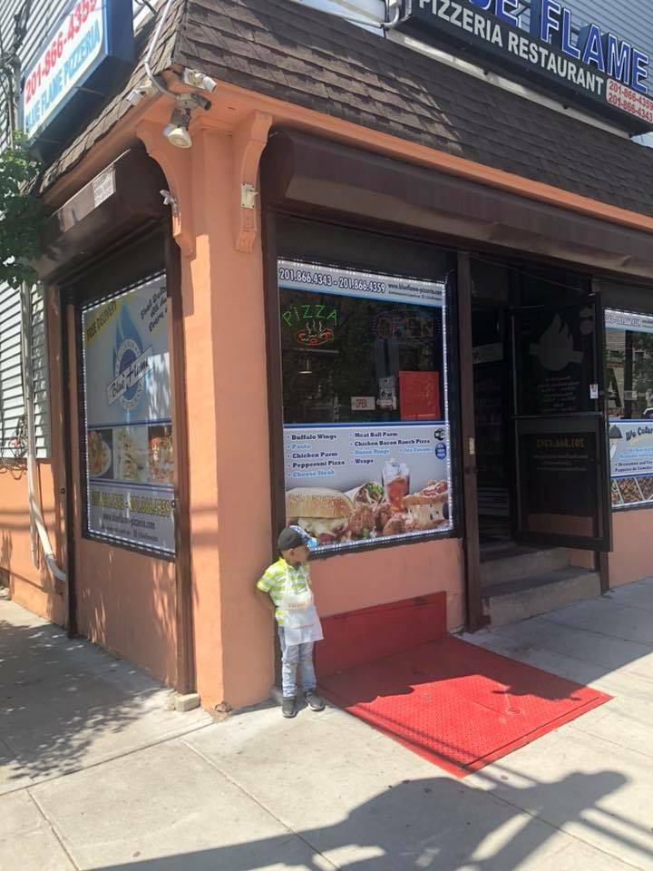 Blue Flame Pizzeria & Restaurant (Fine Italian Cuisine) | meal delivery | 601 New York Ave, Union City, NJ 07087, USA | 2018664343 OR +1 201-866-4343