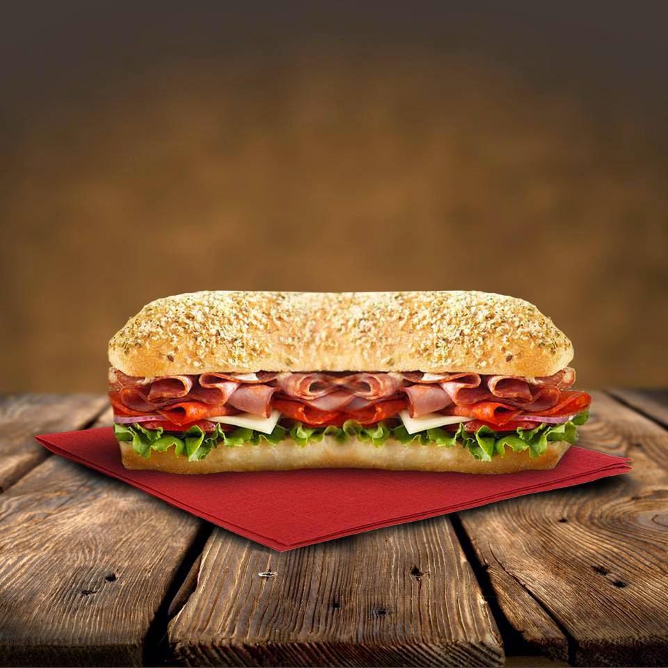 Tim Hortons | restaurant | 1250 University Ave, Rochester, NY 14607, USA | 5852440940 OR +1 585-244-0940