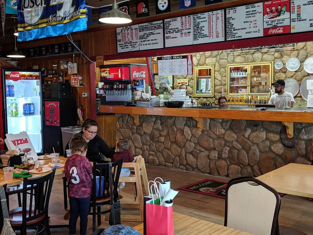 Old Towne Pizza | restaurant | 20430 Brian Way #5, Tehachapi, CA 93561, USA | 6618223558 OR +1 661-822-3558