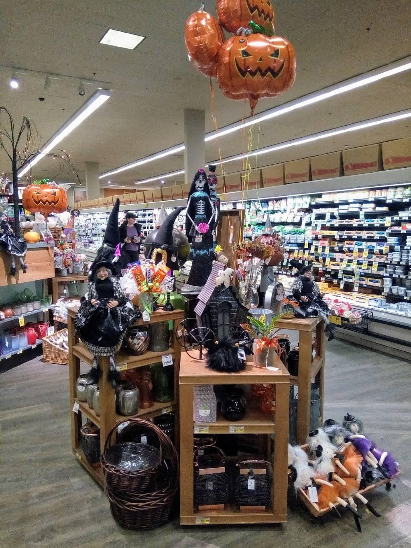 Inglewood Plaza | shopping mall | 653-715 228th Ave NE, Sammamish, WA 98074, USA | 5036034700 OR +1 503-603-4700